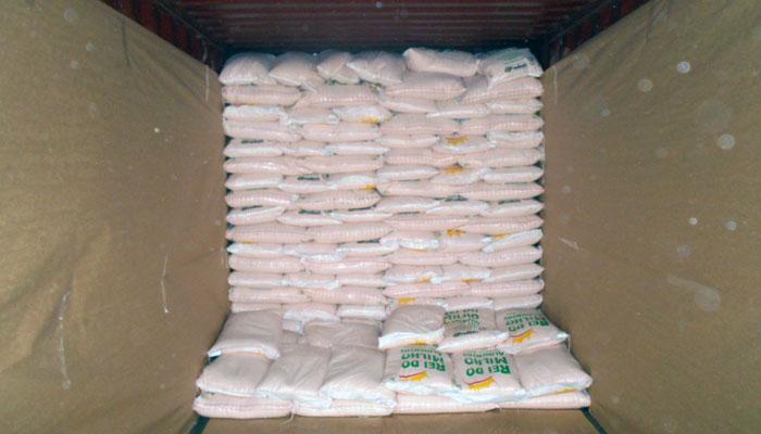 O mercado Caribenho recebe os produtos da empresa Rei do Milho Alimentos
